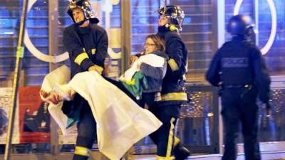 serangan-teror-di-paris-bom-paris-perancis4_20151115_013442